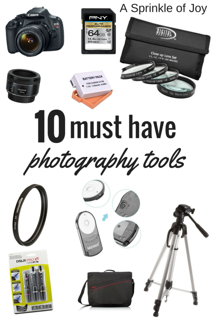 Looking for an idea for the photography lover in your life? Looking to get into photography? Check out my 10 must haves! **Contains affiliate links**